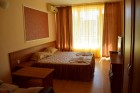 Нощувка на човек + басейн в хотел Риор, Слънчев Бряг! Дете до 12г. – БЕЗПЛАТНО, снимка 9