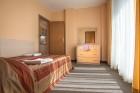 На първа линия в Приморско! Нощувка в студио, апартамент с 1 или 2 спални + басейн в хотел Престиж Сити 2, снимка 11