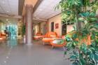 На първа линия в Приморско! Нощувка в студио, апартамент с 1 или 2 спални + басейн в хотел Престиж Сити 2, снимка 4