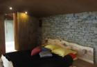 Нощувка за ДВАМА или ЧЕТИРИМА в къщичка направена от камък, глина и дърво от Еко селище, Омая, снимка 19