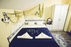 Нощувка на човек + вана с гореща минерална вода,  терма зона и сауна в Къща за гости Его, с. Минерални бани, снимка 9