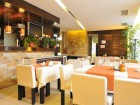 Нощувка на човек със закуска* и вечеря* в семеен хотел Елица, Банско, снимка 10