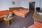 Нощувка на човек със закуска или закуска и вечеря + басейн и терапия Розов цвят от хотел Самоков****, Боровец, снимка 7