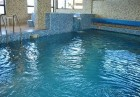 Нощувка на човек със закуска + минерален басейн и джакузи в Семеен хотел Емали, Сапарева Баня, снимка 13