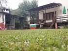 Нощувка за до 12 човека + басейн, трапезария, барбекю в къща Под ябълката край Троян - с. Шипково, снимка 4