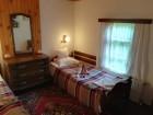 Нощувка за 8 човека + барбекю, китен двор с градина и още удобства в къща Маришница в Априлци, снимка 7