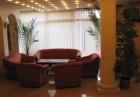 Нощувка със закуска на човек + басейн в хотел Париж***, Балчик, снимка 3