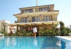 Нощувка на човек или нощувка със закуска и вечеря + басейн на 150 м. от плажа в хотел Музите, Созопол, снимка 3