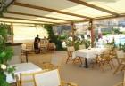 Нощувка на човек или нощувка със закуска и вечеря + басейн на 150 м. от плажа в хотел Музите, Созопол, снимка 7