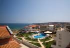 Нощувка на човек или нощувка със закуска и вечеря + басейн на 150 м. от плажа в хотел Музите, Созопол, снимка 5
