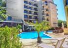 Нощувка на човек + басейн в хотел Сапфир, Слънчев Бряг, снимка 2