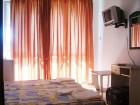 Нощувка за 2-ма, 3-ма или 4-ма + басейн в семеен хотел България, на 150м. от плажа в Приморско, снимка 4