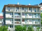 Нощувка за 2-ма, 3-ма или 4-ма + басейн в семеен хотел България, на 150м. от плажа в Приморско, снимка 2