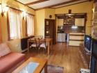 Нощувка за 6 човека + трапезария и барбекю в къща Чепеларе в Чепеларе, снимка 7