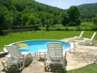 Нощувка за 28+2 човека + басейн, барбекю и ресторант/трапезария край Елена в семеен хотел Балкански рай - с. Дрента, снимка 6