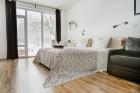 Нощувка за 10 или 20 човека + трапезария и басейн в къща Casa Apriltsi в Априлци, снимка 20