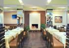 Нощувка на човек със закуска и вечеря + вътрешен отопляем и външен открит басейн + СПА в Мурите Клуб Хотел, снимка 15