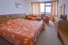 Нощувка на човек със закуска или закуска и вечеря + басейн и терапия Розов цвят от хотел Самоков****, Боровец, снимка 6