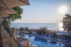 На ПЪРВА ЛИНИЯ в Златни пясъци. Нощувка на човек на база All inclusive + басейн, чадър и шезлонг на плажа в хотел Калиакра Палас****, снимка 6