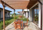Нощувка на човек със закуска и вечеря + външен басейн от комплекс Бендида Вилидж, Павел Баня, снимка 7