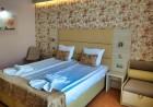 Нощувка на човек + басейн в хотел Афродита****, Несебър, снимка 4
