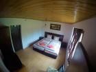 Нощувка за 12 човека + сезонен басейн, просторен двор, детски кът и барбекю в къща Край потока в Крушуна, снимка 24