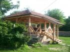 Нощувка за 12 човека + сезонен басейн, просторен двор, детски кът и барбекю в къща Край потока в Крушуна, снимка 16