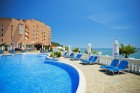 Mоре 2020 на 1-ва линия в Елените! Нощувка на база All Inclusive + басейн, шезлонг и чадър на плажа и аквапарк в хотел Роял Бей**** Дете до 12г. - БЕЗПЛАТНО, снимка 9