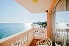 Mоре 2020 на 1-ва линия в Елените! Нощувка на база All Inclusive + басейн, шезлонг и чадър на плажа и аквапарк в хотел Роял Бей**** Дете до 12г. - БЕЗПЛАТНО, снимка 3