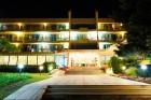 До края на юни: Нощувка, закуска и вечеря + басейн на 30 м. от плажа в хотел Амбасадор***, Златни Пясъци. Дете до 13г. - безплатно, снимка 22