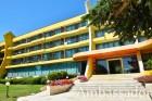 До края на юни: Нощувка, закуска и вечеря + басейн на 30 м. от плажа в хотел Амбасадор***, Златни Пясъци. Дете до 13г. - безплатно, снимка 20