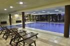 Нощувка на човек + закуска или закуска и вечеря по избор + басейн и релакс център в хотел Роял Банско Апартмънтс, Банско, снимка 5