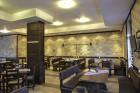Нощувка на човек + закуска или закуска и вечеря по избор + басейн и релакс център в хотел Роял Банско Апартмънтс, Банско, снимка 11