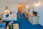 Нощувка на човек на база All Inclusive + басейн и анимация от хотел Холидей Парк****, Златни пясъци, снимка 12