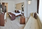 Нощувка на човек със закуска + 5 басейна и 2 аквапарка от хотел Престиж Делукс Хотел Аквапарк Клуб****, Златни пясъци, снимка 27