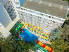 Нощувка на човек със закуска + 5 басейна и 2 аквапарка от хотел Престиж Делукс Хотел Аквапарк Клуб****, Златни пясъци, снимка 3