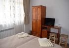 Нощувка в самостоятелна къща с капацитет до 14 човека - къща за гости Мераклии, с. Смилян, до Смолян, снимка 2