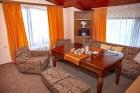 Нощувка за 6 или 8 човека във всяка от 3 уютни еднофамилни къщи Краси край язовир Батак, снимка 16