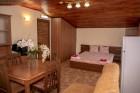Нощувка за 6 или 8 човека във всяка от 3 уютни еднофамилни къщи Краси край язовир Батак, снимка 7