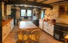 Нощувка за до 9 човека + трапезария и голямо външно барбекю в къща Casa Inglesa - с. Изгрев, само на 20 км от Варна, снимка 22
