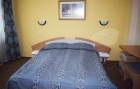 Нощувка на човек със закуска, обяд и вечеря + минерален басейн и балнеопакет в хотел Загоре, Старозагорски минерални бани, снимка 4