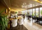 Нощувка със закуска за ДВАМА в джуниър суит от хотел Плаза, Пловдив, снимка 7
