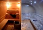 Нощувка в луксозен апартамент със сауна, джакузи и парна баня, с капацитет до 6 човека в хотел Уинслоу Атриум, Банско, снимка 3