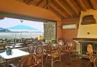 Нощувкa на човек със закускa и вечеря от хотел Севастократор***, Арбанаси, снимка 11