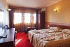 Нощувкa на човек със закускa и вечеря от хотел Севастократор***, Арбанаси, снимка 3