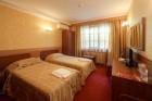 Нощувкa на човек със закускa и вечеря от хотел Севастократор***, Арбанаси, снимка 7