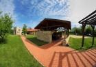 Наем на луксозна къща за до 16 човека + барбекю от Къща Чудна, село Бресте, Червен бряг, снимка 13