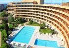 Нощувка на човек със закуска + басейни и обновен СПА център в Гранд хотел Поморие*****, на 1-ва линия в Поморие, снимка 3