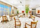 Нощувка на човек със закуска + басейни и обновен СПА център в Гранд хотел Поморие*****, на 1-ва линия в Поморие, снимка 20