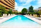 Нощувка на човек със закуска + басейни и обновен СПА център в Гранд хотел Поморие*****, на 1-ва линия в Поморие, снимка 4